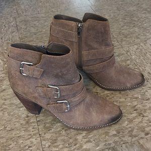 "DV by Dolce Vita Shoes - DV by Dolce Vita ""Colten"" Boots Sz 8"