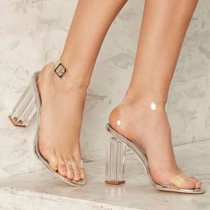 Clear the Air Lucite Heel - Silver