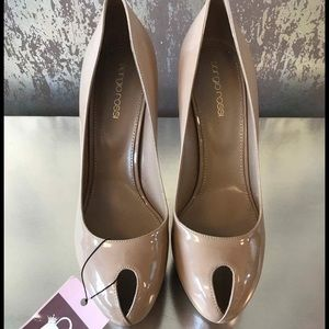 Sergio Rossi Patent Leather Nude Pumps