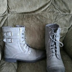 191 Unlimited Other - Boots like new