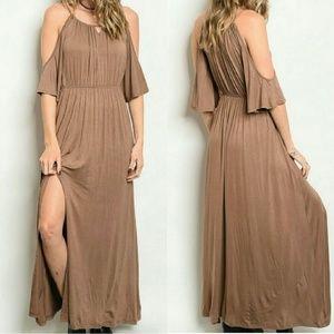 Threadzwear Dresses & Skirts - 💖 Cold Shoulder Maxi Dress