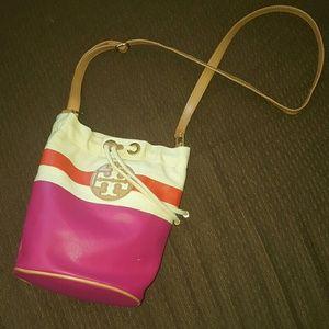 Tory Burch Handbags - 🎁 Flash SALETory Burch SMALLDipped Crossbody Bag