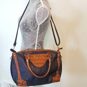 Wilsons Leather Handbags - WILSON'S LEATHER BLACK RIVET crossbody bag
