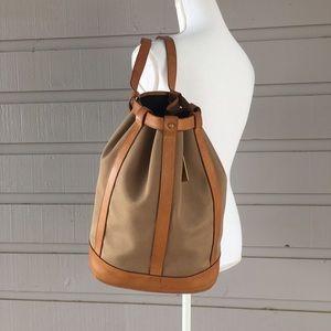 Dooney & Bourke Handbags - Vintage D&B bucket shoulder bag