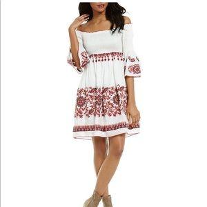 Chelsea & Violet Dresses & Skirts - NWT-Chelsea &Violet off shoulder w/bell sleeve