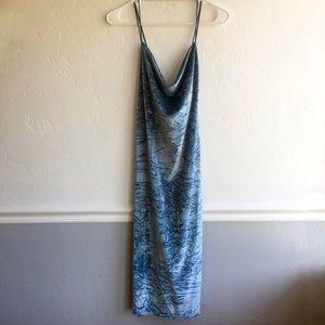 Topshop Dresses & Skirts - Topshop Crushed Velvet Midi dress, NWT, Size 10