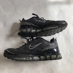 Nike Other - Nike Air Max TL Black and Silver Tennis Shoes