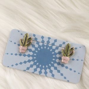 ModCloth Jewelry - Cactus Earrings