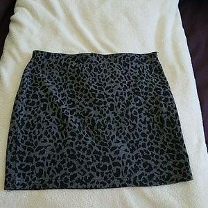 Sans Souci Dresses & Skirts - Gray Leopard Print Skirt