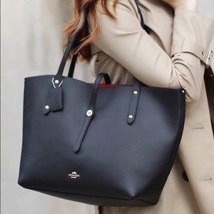 de638542e1 Coach Bags - Coach MARKET tote in polished pebble leather NWT