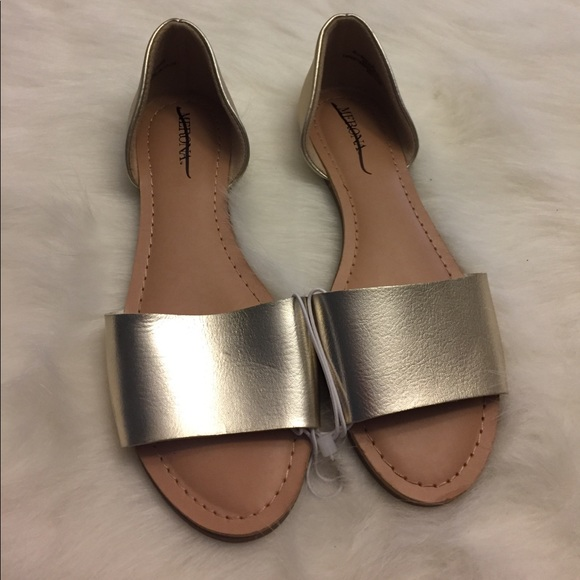 67 Off Merona Shoes Nwot Merona Gold Open Toe Flats