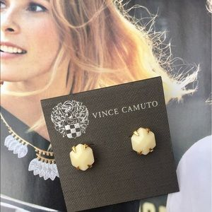 Vince Camuto Jewelry - Vince Camuto Cream Studs NWT