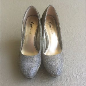 fioni Shoes - Fioni gold/silver heels