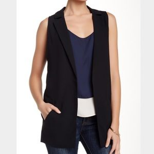 Valette Tops - Sleeveless Black Vest
