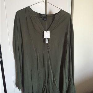 Sandra Ingrish Tops - Sandra Ingrish Army Green long sleeve tunic