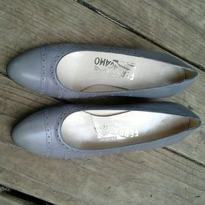Salvatore Ferragamo Shoes - Salvatore Ferragamo grey heeled pumps