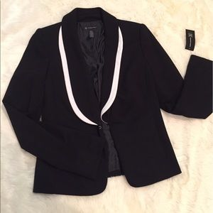 INC Jackets & Blazers - Reduced- NEW - chic fitted black blazer -size s