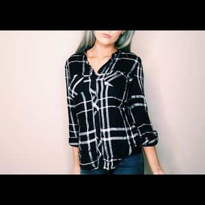 Blue Plaid Top❤NWT