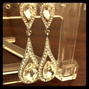 Jewelry - 🌟 Crystal Teardrop Hanging Earrings 🌟