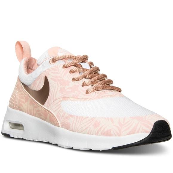 852dd52a5322 Nike Genicco Vs Internationalist Footwears For Womens