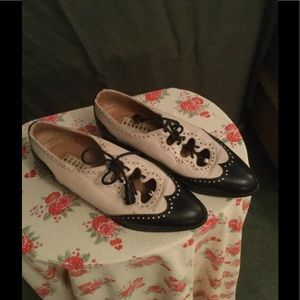 Fratelli Rossetti Shoes - Fratelli  Rossetti vintage tie front oxfords .