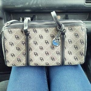 Dooney & Bourke Handbags - Dooney & Bourke Signature Handbag