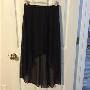 Bisou Bisou Dresses & Skirts - Hi-lo dressy black skirt