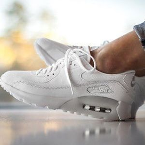 Nike Shoes - Nike Air Max 90 Ultra essential shoes