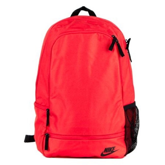 72 off nike other nike classic north solid rucksack