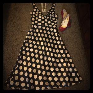 Donna Ricco Dresses & Skirts - Donna Ricco size 4 silk polka dot dress