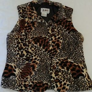 Ami Other - Faux Fur SLeeveless Vest