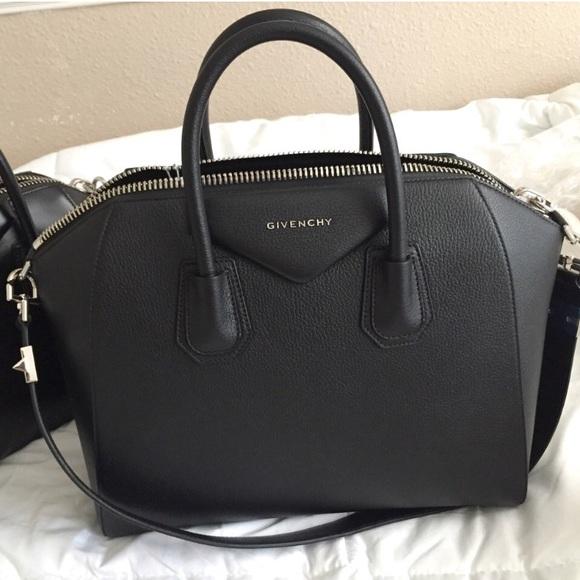 Givenchy Handbags - BLACK GIVENCHY ANTIGONA MEDIUM 8db55722b5dd8