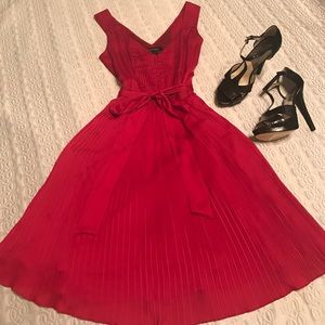 White House Black Market Dresses & Skirts - Stunning Red Pleated Dress WHBM waist tie