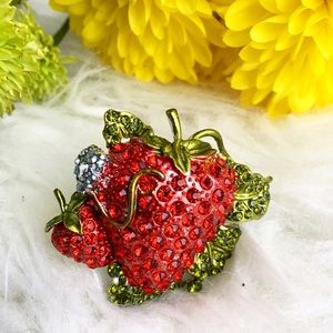 "Jewelry - ""Strawberry Patch"" ring rhinestone stretch ring"