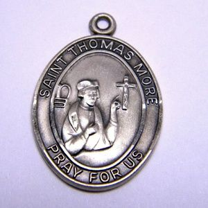 VINTAGE St.Thomas More sterling Signed  medallion