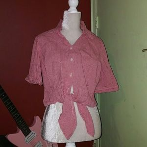 Raphaela by Brax Tops - Adorable farmers daughters shirt.