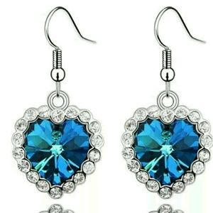 191 Unlimited Jewelry - NWT Titanic Stainless Steel Blue Dangle Earrings