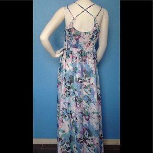 Jack by BB Dakota Dresses & Skirts - Jack by BB Dakota Floral Chiffon Maxi Dress
