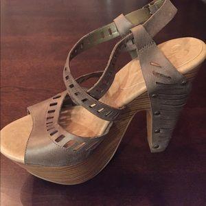 a96f6e09737 Jessica Simpson Shoes - Women s Trixie Platform Sandal
