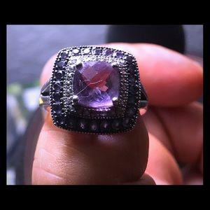 Jewelry - STUNNING GENUINE African Amythst White Zircon Ring