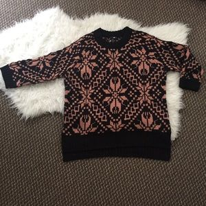 Sweaters - NWT Patterned Knit Sweater w Quarter Sleeve S
