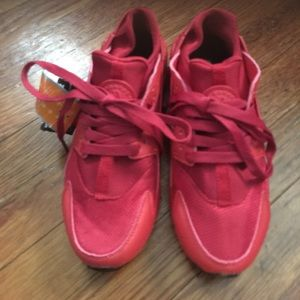 Shoes - Red huaraches