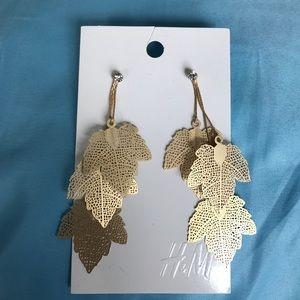 H&M Jewelry - NWT H&M Leaf Dangle Earrings