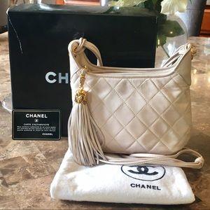 CHANEL Handbags - 💯% Authentic Chanel lamb skin shoulder bag