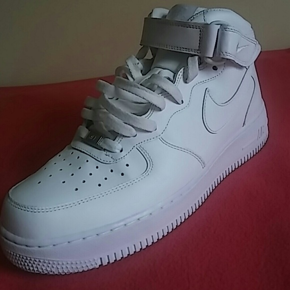 huge selection of 61469 b49bd Nike Air Force 1...97% LIKE NEW!!