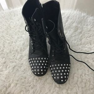 Madden Girl Shoes - Madden girl combat boots size 7.5