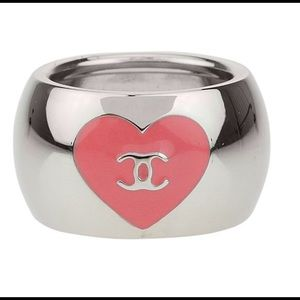 CHANEL Jewelry - CHANEL PINK ENAMEL HEART CC SILVER RING