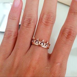 Jewelmint Jewelry - Crown ring