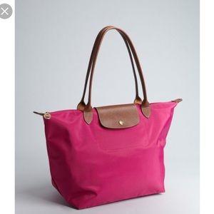 Longchamp Handbags - ✨Longchamp Large Le Pliage - Fuchsia