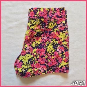 LOFT Pants - Vibrant Floral Shorts